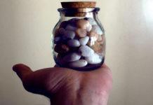 piedras frasco reflexion