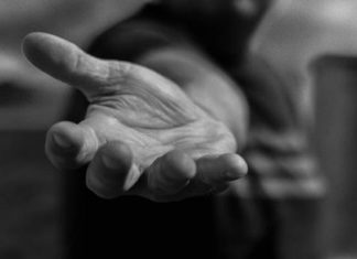poema dame la mano de gabriela mistral